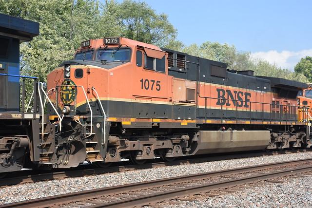 BNSF H1 C44-9W 1075