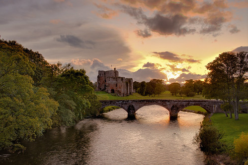 cumbria brougham sunset eamont river rivereamont trees grass green orange bridge castle clouds cloudy october autumn