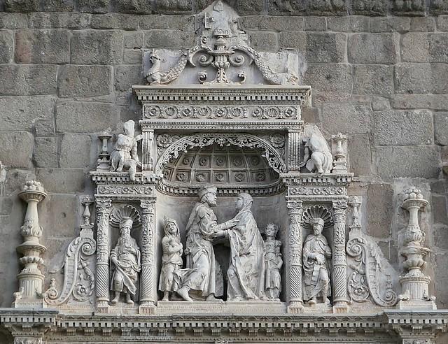 Toledo - Palacio Museo de Santa Cruz - 02 - Enrique EGAS and Alonso de COVARRUBIAS - 16th century -Facade detail