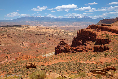 moab utah unitedstatesofamerica geminibridgesroad us191 archesnationalpark desert highway lasalmountains cliff redrock usa canon canon6dmarkii canon24105l