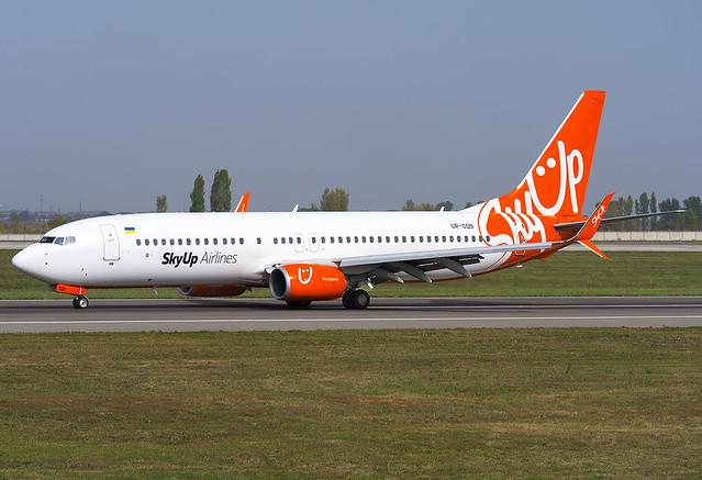 UR-SQB  SkyUp Airlines Boeing 737-8H6