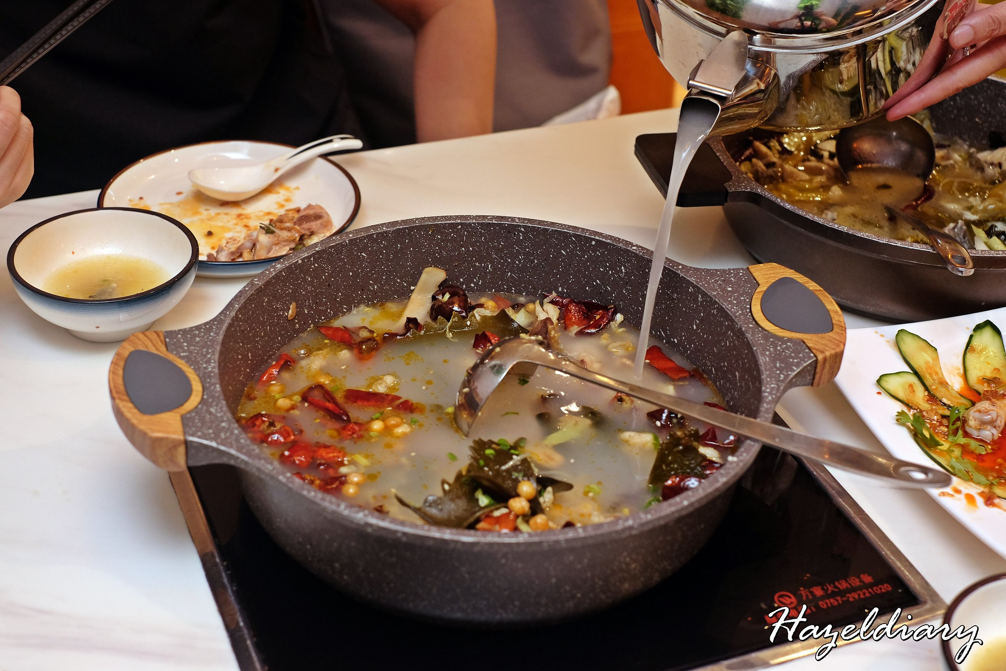 Qi Lai Feng Fish Pot and Hotpot-Bottomless Mandarin Duck Pot-2