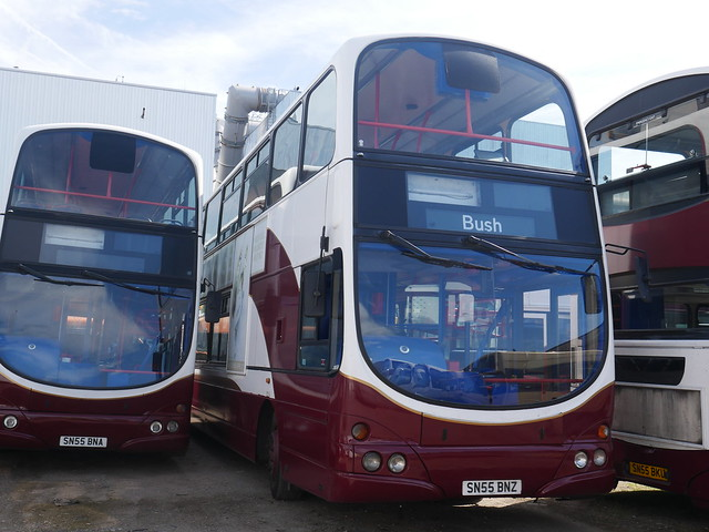 Barnett's Coach Travel SN55 BNA, SN55 BNZ & SN55 BKU