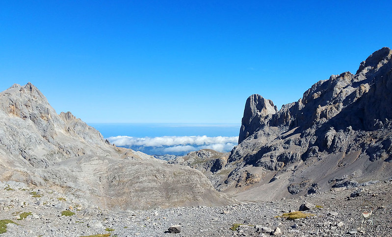 Echando la mañana en los Picos de Europa en la zona de Fuente Dé (19)