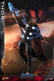 手持雙鎚,肥神再次叱吒戰場! Hot Toys – MMS557 -《復仇者聯盟:終局之戰》索爾 Thor 1/6 比例人偶作品