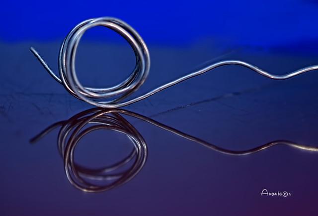 Simetría_Wire