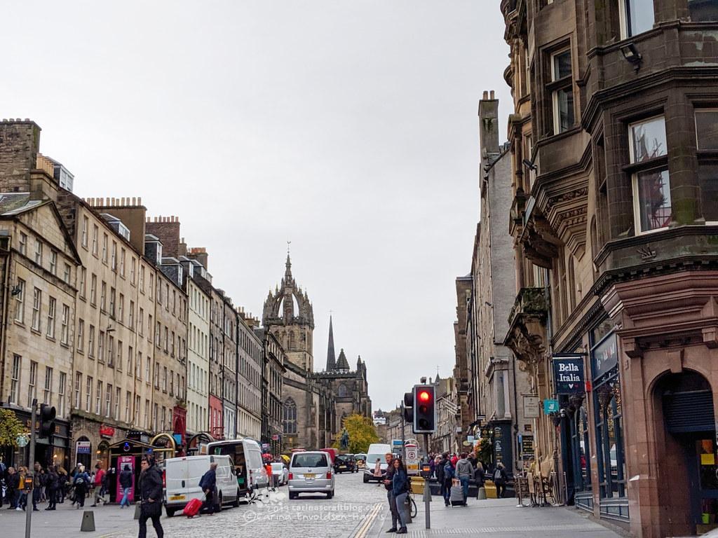 Royal Mile looking towards Edinburgh Castle