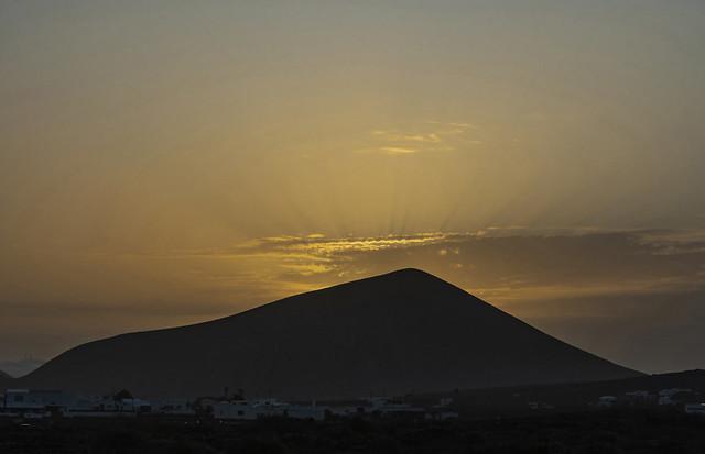 Amanece,  Montaña Guatisea.