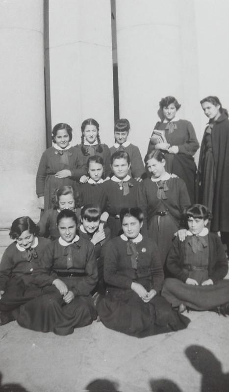 Alumnas del instituto en febrero de 1955. Fotografía de Mary Carmen Butragueño Cerviño