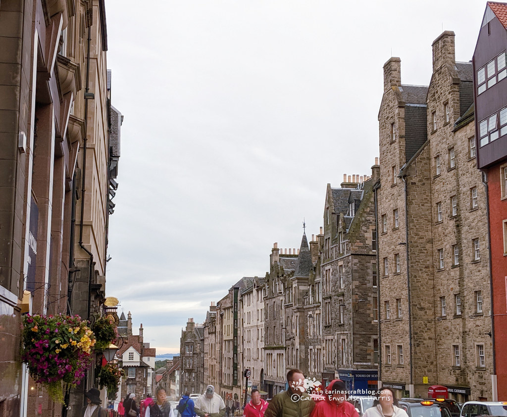 Royal Mile looking towards Holyrood Castle