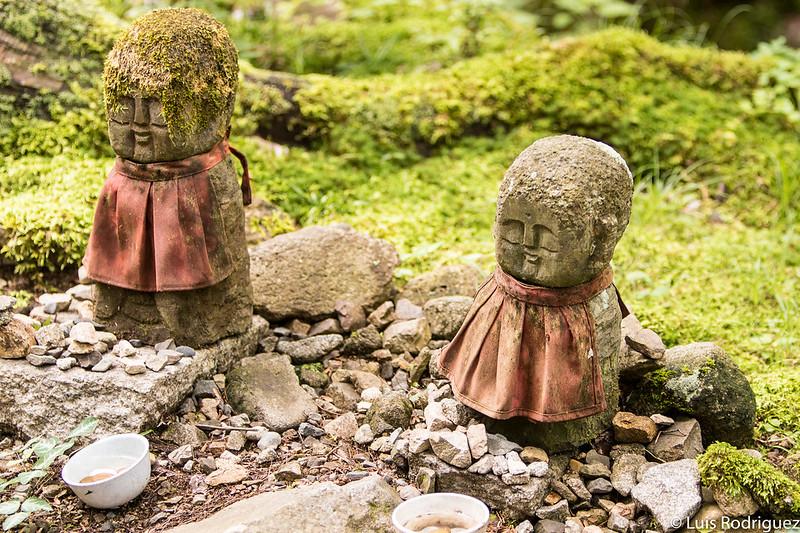 Estatuas Osana-Jizo en Ohara