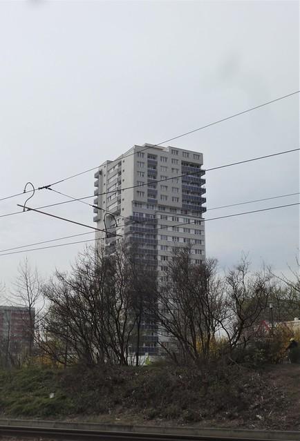 1980 Halle/S. Punktwohnhochhaus Rennbahnkreuz 19Et. Bodestraße 5-7 in 6122 Neustadt