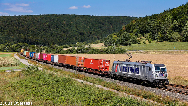 Metrans 187 508 on DGS 88901 at Harrbach