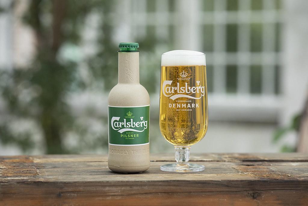 Carlsberg работает над созданием бутылок из бумаги
