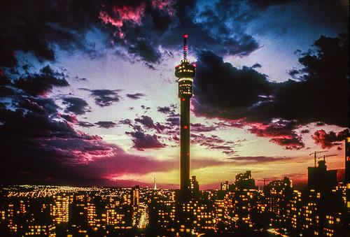 johannesburg joburg joeys sunset strijdomtower hillbrowtower gauteng transvaal southafrica