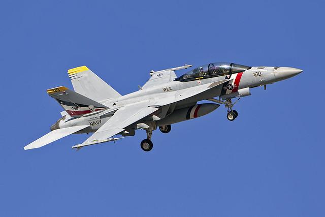 F/A-18F 166804/NE-100