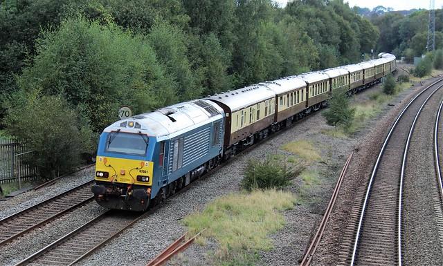 DB Cargo 670001 & 67016 - Tupton