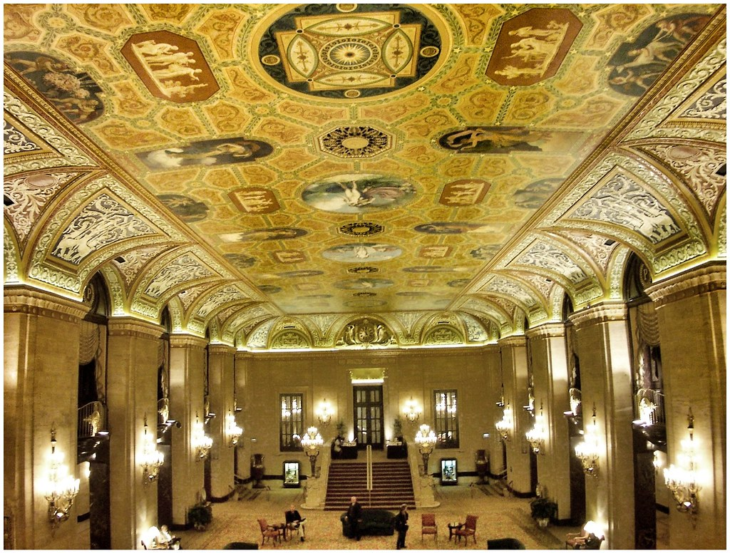 Palmer House Hilton ~ Chicago Il ~ Lobby Area