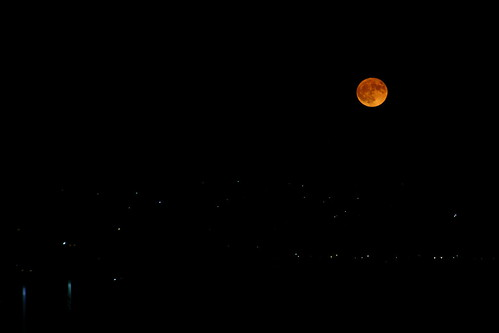 dullboy2816 moon hunters huntersmoon night dark moonrise colorado coloradosprings view city citylights