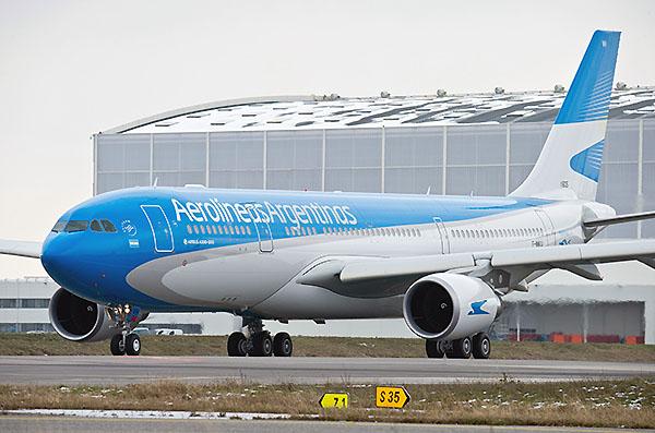Aerolíneas Argentinas A330-200 LV-FVH (Airbus)