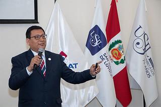 """La carrera de International Business de USIL, de la mano de la Sunat, presentó el congreso """"Encuentro universitario tributario y aduanero"""" con funcionarios de primera línea."""