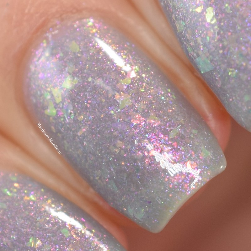 Girly Bits Thistle While You Work swatch