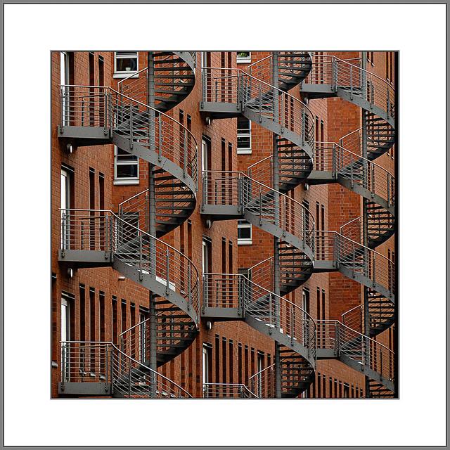 Feuertreppen (fire escape stairs)