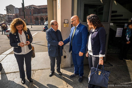 """A Porta Palazzo, nel Sermig, apre la """"casetta"""" per le donne in difficoltà"""