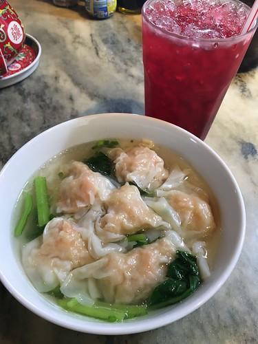 サムイ島 美味しいエビワンタンを食べよう!‐Nang yuan Restaurant – チョンモンビーチ