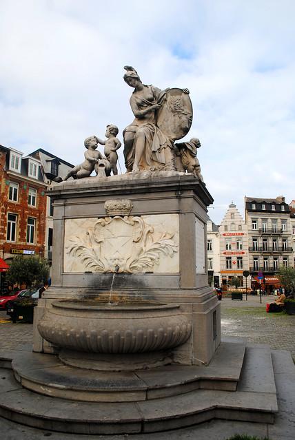 Grand Sablon fountain