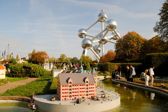 Mini-Europe - Nyhavn and Atomium