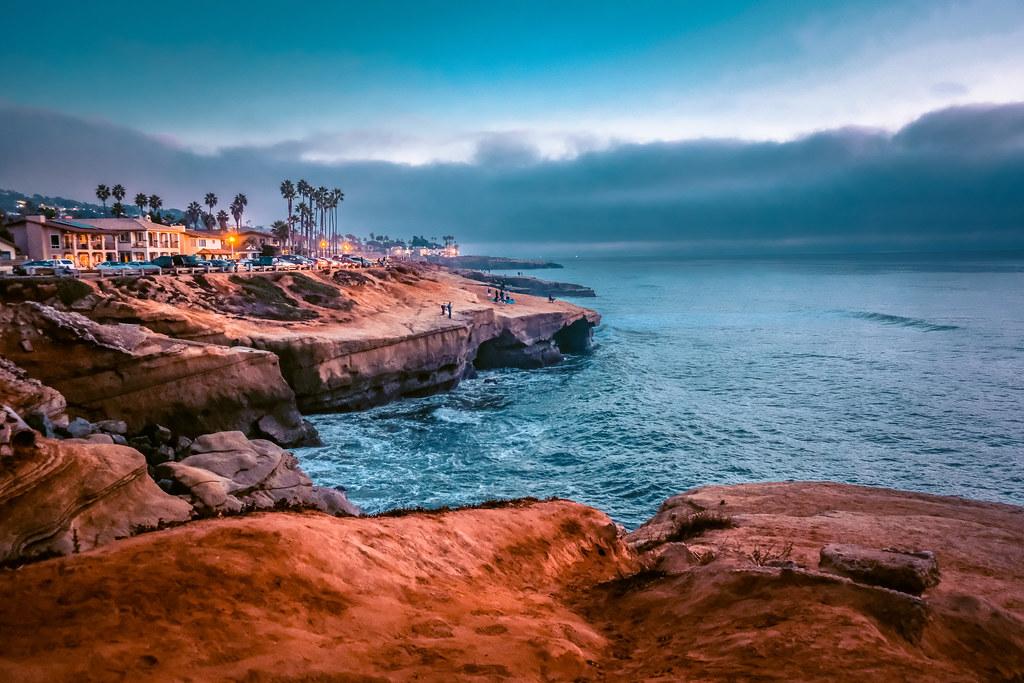 Sunset Cliffs in the Evening   Best views in San Diego