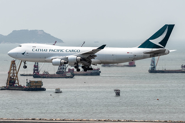 Cathay Pacific Cargo - Boeing 747-467(ERF) / B-LIC @ Hong Kong