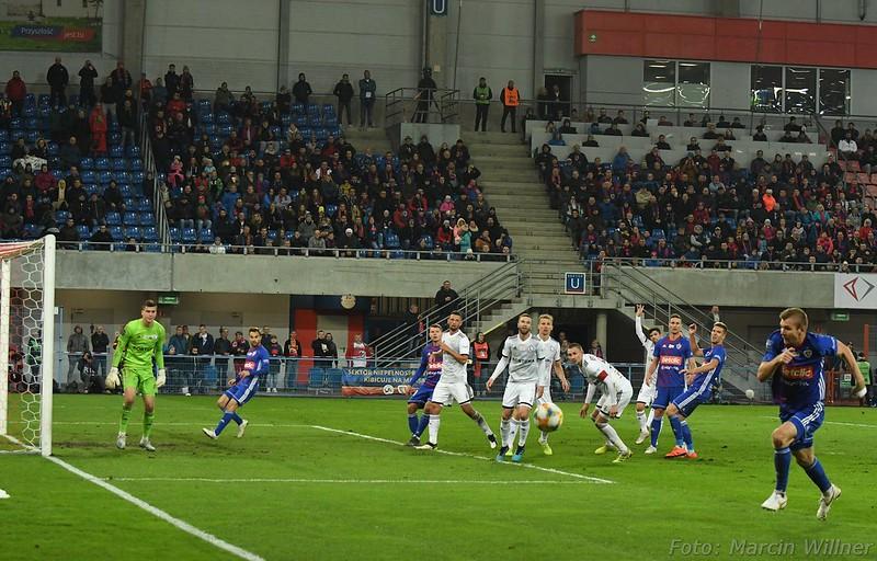 Piast_vs_Legia_2019_10-12