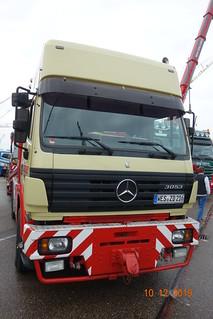 Mercedes Benz 3053
