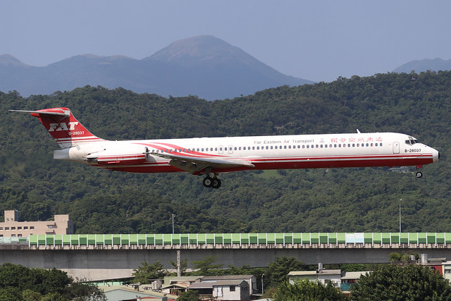 B-28037  -  McDonnell Douglas MD82  -  Far Eastern Air Transport  -  TSA/RCSS 10/10/19