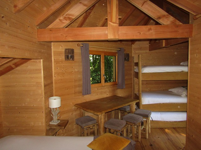 Coucoo Grands Chênes, Luxury Treehouse in Raray, France