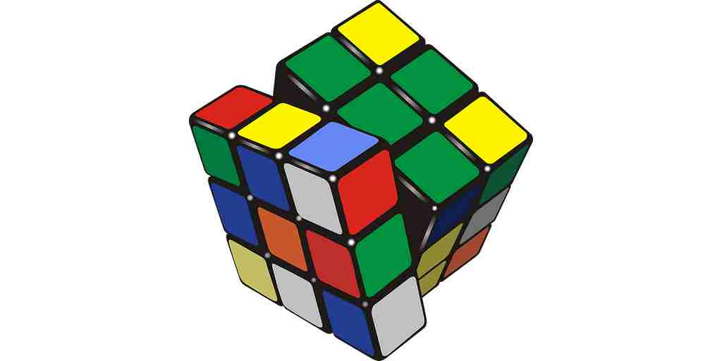 Un bras robotique résout le cube Rubik
