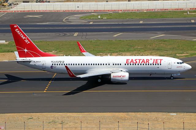 HL8057  -  Boeing 737-86J (WL)  -  Eastar Jet  -  TPE/RCTP 11/10/19