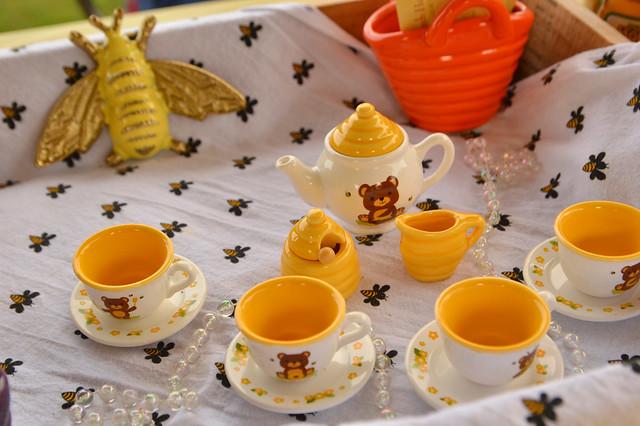 A sweet tea set