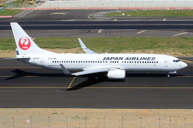 JA315J   -  Boeing 737-846 (WL)  -  Japan Airlines  -  TPE/RCTP 11/10/19