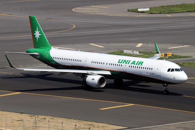 B-16210  -  Airbus A321-211 (SL)  -  Uni Air  -  TPE/RCTP 11/10/19