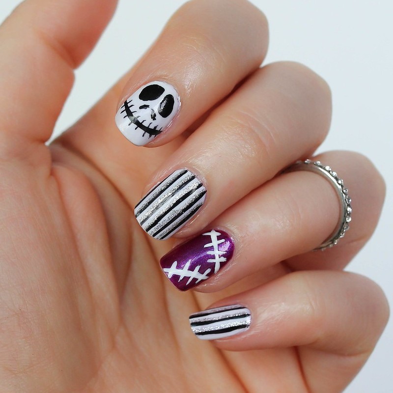 Jack Skellington Manicure Nightmare Before Christmas | 6 Halloween Manicures That are SCARY Good | Halloween Nails | Nail Art | Nail Designs | Spooky Nails