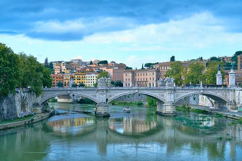 rome tiber st angelo bridge ponte vittorio emanuele ii pontevittorioemanueleii roma
