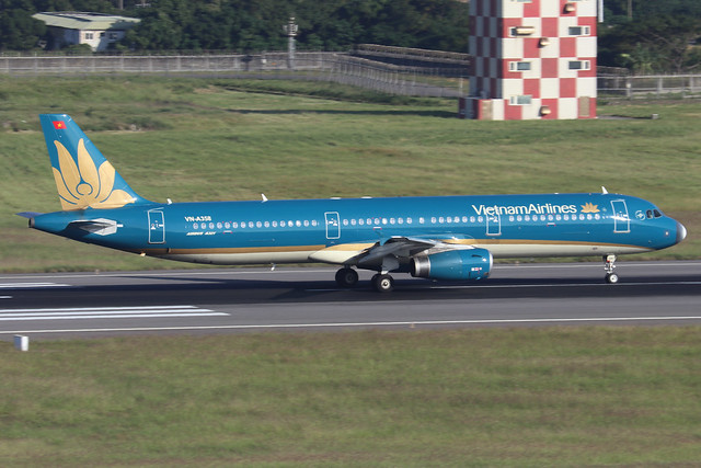 VN-A358  -  Airbus A321-231  -  Vietnam Airlines  -  TPE/RCTP 11/10/19