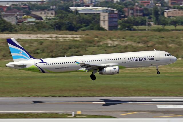 HL8072  -  Airbus A321-232  -  Air Busan  -  TPE/RCTP 11/10/19