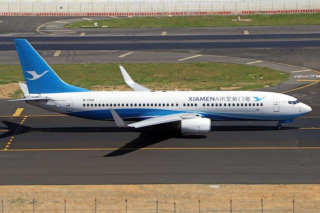 B-1709  -  Boeing 737-85C (WL)  -  Xiamen Air  -  TPE/RCTP 11/10/19