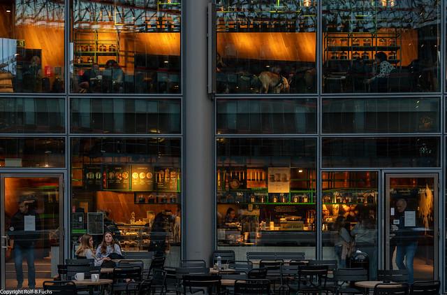 Architektur in Berlin 40 - Sonycenter