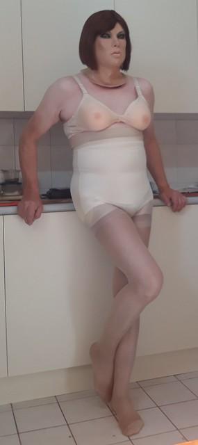 Under steffs dress