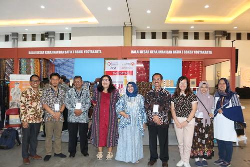 Pameran Litbang Kemenperin Mendukung Hari Batik Nasional 2019